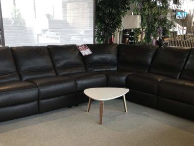 A319 Natuzzi Chocolate Power Sectional