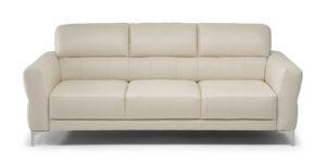 C105 - Accogliente sofa