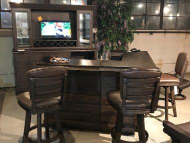 ECI Complete Bar, Hutch, & 4 Barstools