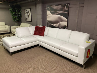Natuzzi B845 Bone White Sectional